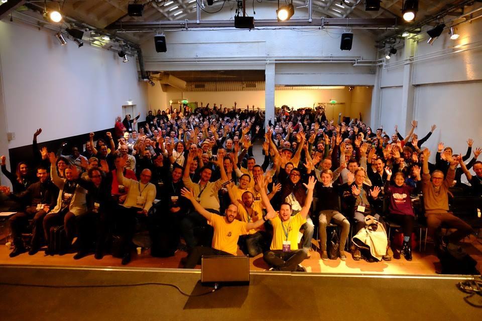 Le public et les organisateurs du WordCamp Paris 2015